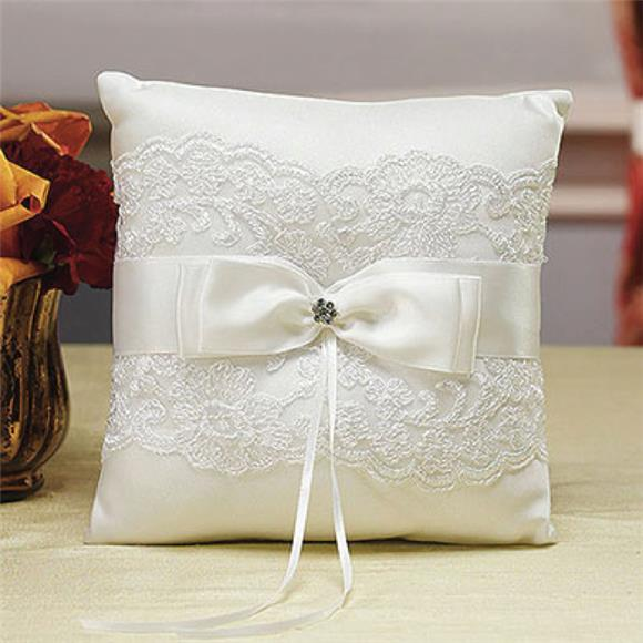Truly Stunning Satin Bow Make Ring Pillow