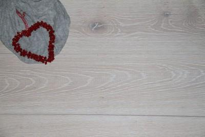 Old Wood - Lime Washed Wood Flooring